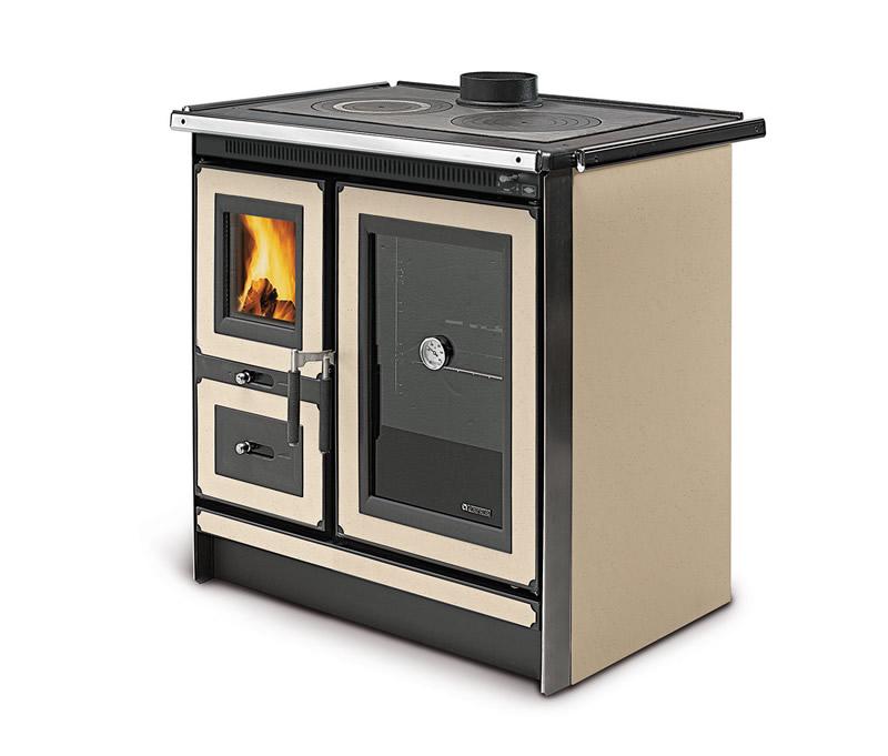 Cucina a legna italy la nordica extraflame - Stufe a legna in ghisa nordica ...